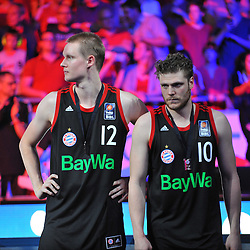 21.06.2015, Brose Arena, Bamberg, GER, Beko Basketball BL, Brose Baskets Bamberg vs FC Bayern Muenchen, Playoffs, Finale, 5. Spiel, im Bild Robin Benzing (FC Bayern Muenchen / links) und Lucca Staiger (FC Bayern Muenchen / rechts) frustriert nach der Niederlage gegen die Brose Baskets Bamberg, bei der Ehrung fuer den Vizemeister. // during the Beko Basketball Bundes league Playoffs, final round, 5th match between Brose Baskets Bamberg and FC Bayern Muenchen at the Brose Arena in Bamberg, Germany on 2015/06/21. EXPA Pictures &copy; 2015, PhotoCredit: EXPA/ Eibner-Pressefoto/ Merz<br /> <br /> *****ATTENTION - OUT of GER*****