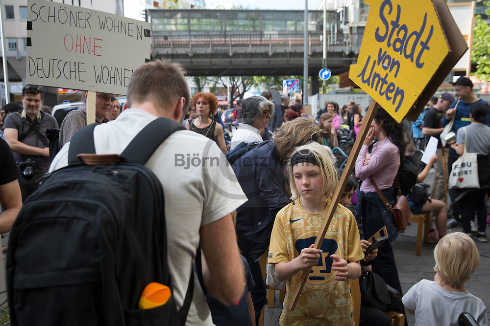 Berlin, Germany - 26.05.2017<br /> <br /> Tenants protest in Berlin. Demonstration &quot;... because the houses belong us!&quot; on the occasion of the 6-year exists of the neighborhood protest initiative &quot;Kotti &amp; co&quot;.<br /> <br /> Mieter-Protest in Berlin. Demonstration &bdquo;&hellip; denn die H&auml;user geh&ouml;ren uns!&ldquo; anlaesslich des 6-jaehrigen bestehen der Nachbarschafts-Protestinitiative &quot;Kotti &amp; co&quot;.<br /> <br /> Photo: Bjoern Kietzmann