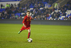 READING, ENGLAND - Wednesday, March 12, 2014: Liverpool's Cameron Brannagan misses as he takes the third penalty of the shoot-out against Reading during the FA Youth Cup Quarter-Final match at the Madejski Stadium. (Pic by David Rawcliffe/Propaganda)