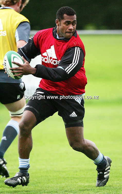 All Black winger Sitivini Sivivatu training at the Westmanstown Sports Centre, Dublin, Monday 7 November 2005, prior to this weekend's test match versus Ireland. Photo: Andrew Cornaga/Photosport.