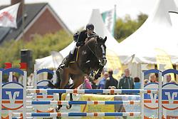 Battermann, Philipp, Ascoredo H<br /> Fehmarn - Pferdefestival 2014<br /> Nationales Springen<br /> © www.sportfotos-lafrentz.de/ Stefan Lafrentz