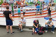 Nederland, Tilburg, 20160726<br /> Kermis in Tilburg. De grootste kermis van Nederland en de Benelux.<br /> Op het kilometers lange parcours staan tientallen attracties <br /> <br /> Netherlands, Tilburg<br /> Funfair in Tilburg. The largest fair in the Netherlands and Benelux.<br /> dozens of attractions on the kilometer-long trail