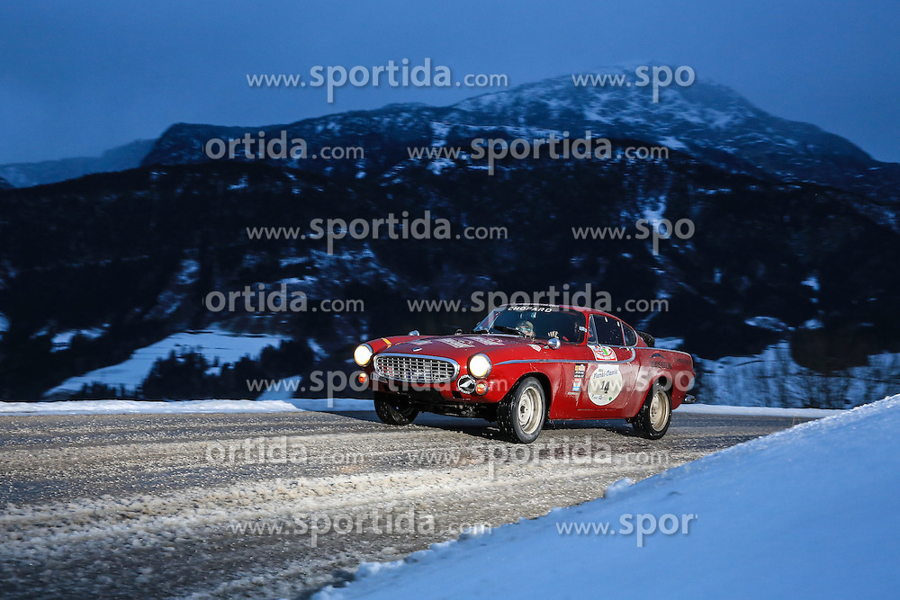 03.01.2015, Groebming, AUT, Planai-Classic 2015, Dachstein-Prolog, im Bild Andi Aigner und Ulrike Gloeckner (AUT), Volvo P1800, Bj. 1966 // during the Planai-Classic 2015 in Groebming, Austria on 2015/01/03. EXPA Pictures © 2015, PhotoCredit: EXPA / Martin Huber