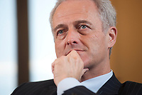 20 JAN 2010, BERLIN/GERMANY:<br /> Peter Ramsauer, CSU, Bundesverkehrsminister, waehrend einem Interview, in seinem Buero, Bundesministerium fuer Verkehr, Bau und Stadtentwicklung<br /> IMAGE: 20100120-01-071<br /> KEYWORDS: Büro