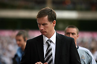 Photo: Rich Eaton.<br /> <br /> Aston Villa v Newcastle United. The Barclays Premiership. 27/08/2006. Manager of Newcastle Glenn Roeder pictured at Villa Park where his side lose 2-0