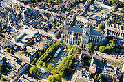 Nederland, Noord-Brabant, Den Bosch, 23-08-2016; binnenstad Den Bosch met  Sint-Janskathedraal en kermis op de Parade<br /> Town centre Den Bosch with St. John's Cathedral.<br /> <br /> luchtfoto (toeslag op standard tarieven);<br /> aerial photo (additional fee required);<br /> copyright foto/photo Siebe Swart