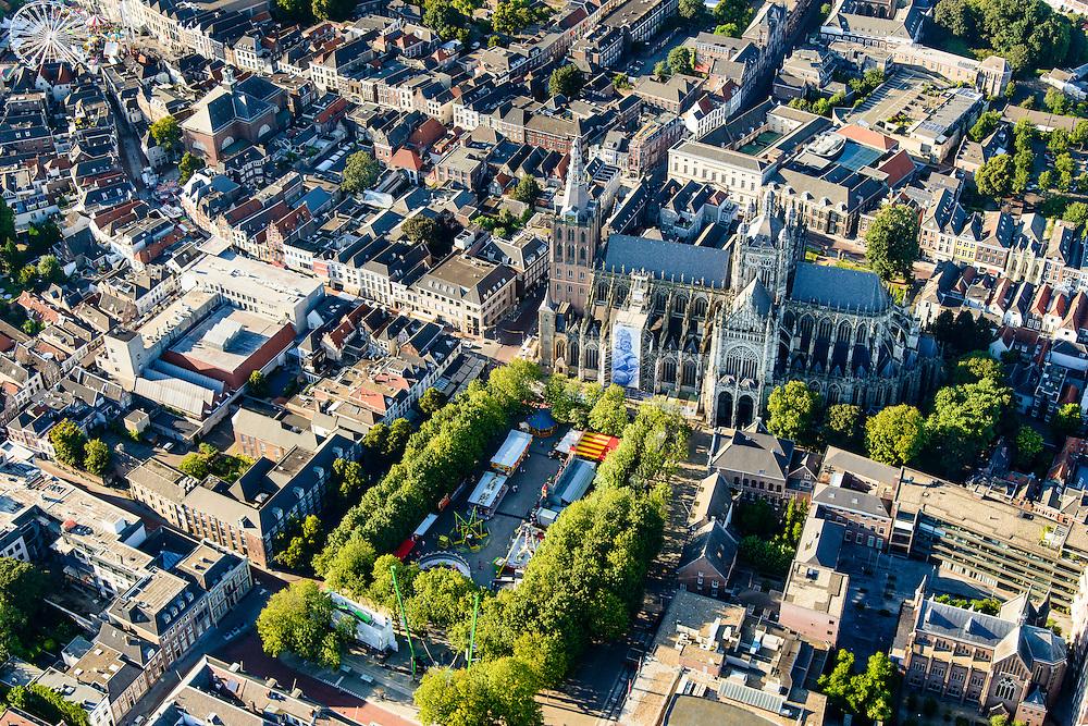 Nederland, Noord-Brabant, Den Bosch, 23-08-2016; binnenstad Den Bosch met  Sint-Janskathedraal en kermis op de Parade<br /> Town centre Den Bosch with St. John's Cathedral.<br /> <br /> luchtfoto (toeslag op standard tarieven);<br /> aerial photo (additional fee required);<br /> copyright foto/photo Siebe Swart