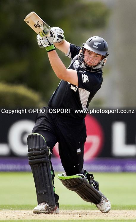 New Zealand's Tom Latham during his innings. New Zealand v Zimbabwe, U19 Cricket World Cup group stage match, Bert Sutcliffe Oval, Lincoln, Tuesday 19 January 2010. Photo : Joseph Johnson/PHOTOSPORT