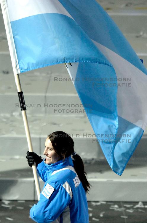 10-02-2006 ALGEMEEN: OLYMPISCHE SPELEN: TORINO<br /> Openingsceremonie OS 2006 / Argentinie<br /> &copy;2006-WWW.FOTOHOOGENDOORN.NL