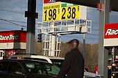 151125-AP-Gas Prices