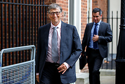 © Licensed to London News Pictures. 26/10/2016. London, UK. Business magnate and Microsoft founder BILL GATES leaves Downing Street, London after meeting Chancellor of Exchequer Philip Hammond on Wednesday, 26 October 2016. Photo credit: Tolga Akmen/LNP