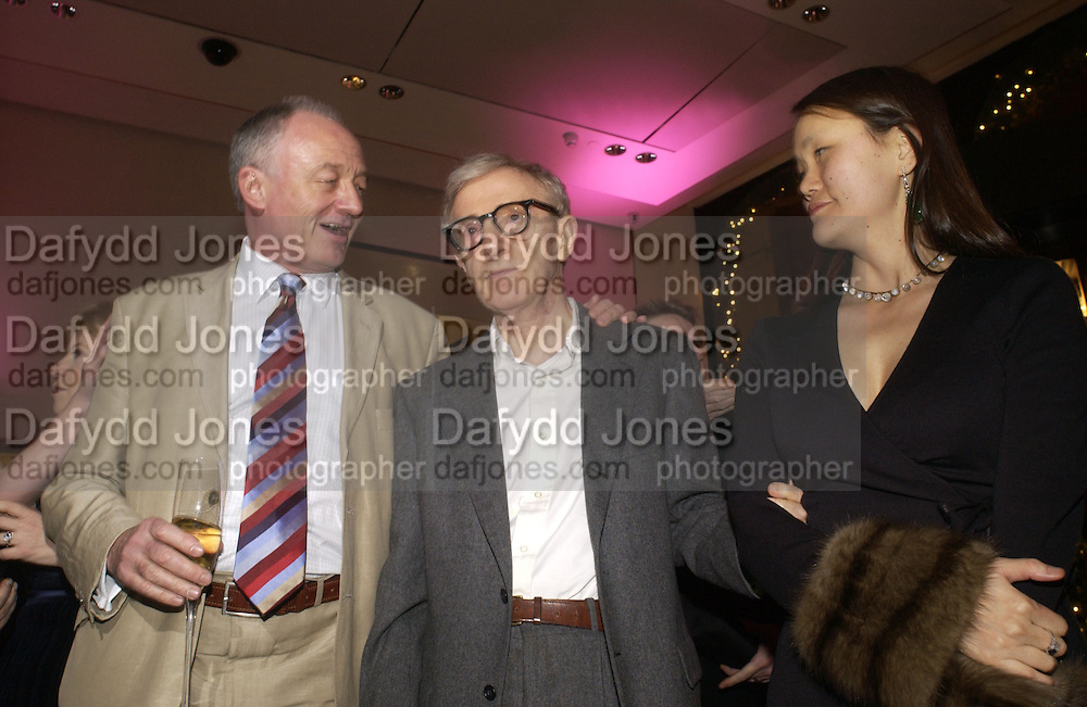 """KEN LIVINGSTONE, WOODY ALLEN AND SOON-YI PREVIN.  The after show party following the UK Premiere of """"Match Point,"""" at Asprey, New Bond st. London.   December 18 2005 ,  ONE TIME USE ONLY - DO NOT ARCHIVE  © Copyright Photograph by Dafydd Jones 66 Stockwell Park Rd. London SW9 0DA Tel 020 7733 0108 www.dafjones.com"""