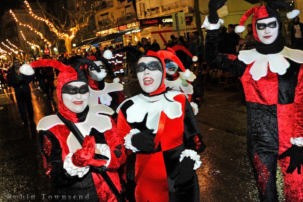 Preparation & Celebration of the 2011 Carnival of Roses, Girona. Preparació i celebració del Carnaval de Roses del 2011