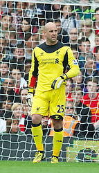 12.05.2013, Craven Cottage, London, ENG, Premier League, FC Fulham vs FC Liverpool, 37. Runde, im Bild Liverpool's goalkeeper Jose Reina looks dejected as Fulham score the opening goal during during the English Premier League 37th round match between Fulham FC and Liverpool FC at the Craven Cottage, London, Great Britain on 2013/05/12. EXPA Pictures © 2013, PhotoCredit: EXPA/ Propagandaphoto/ David Rawcliffe..***** ATTENTION - OUT OF ENG, GBR, UK *****