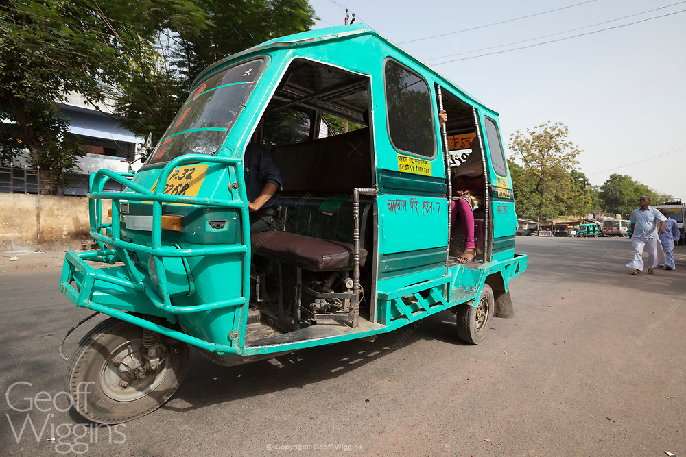 Indian Tempo tricycle bus in the city of Lucknow, Uttar Pradesh, India