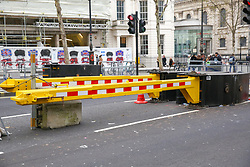 © Licensed to London News Pictures. 30/12/2018. London, UK. Security barriers being erected outside National Portrait Gallery ahead of New Year celebrations. Photo credit: Dinendra Haria/LNP
