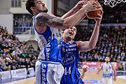 DESCRIZIONE : Beko Legabasket Serie A 2015- 2016 Dinamo Banco di Sardegna Sassari - Acqua Vitasnella Cantu'<br /> GIOCATORE : Joe Alexander Kyrylo Fesenko<br /> CATEGORIA : Rimbalzo<br /> SQUADRA : Dinamo Banco di Sardegna Sassari<br /> EVENTO : Beko Legabasket Serie A 2015-2016<br /> GARA : Dinamo Banco di Sardegna Sassari - Acqua Vitasnella Cantu'<br /> DATA : 24/01/2016<br /> SPORT : Pallacanestro <br /> AUTORE : Agenzia Ciamillo-Castoria/L.Canu