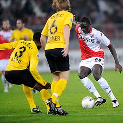 23-10-2009 VOETBAL: FC UTRECHT - RODA: UTRECHT<br /> Utrecht wint met 2-1 van Roda / Jacob Mulenga<br /> ©2009-WWW.FOTOHOOGENDOORN.NL