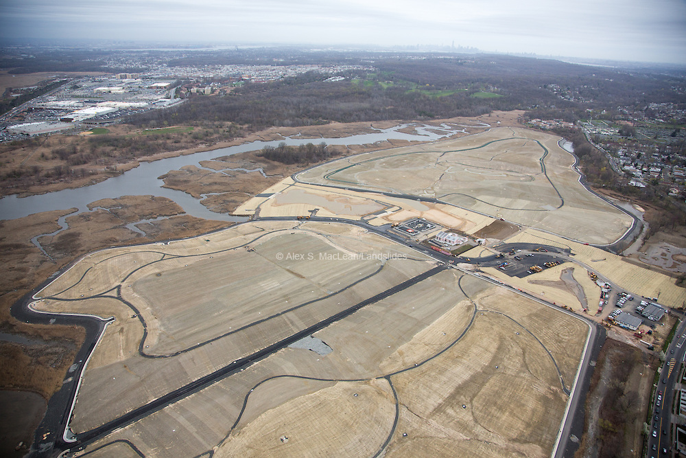 Capped landfill at Fresh Kills, slated to undergo development in to a public park and conservation area. Park plan designed by James Corner Field Operations.