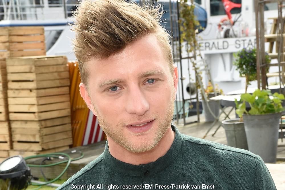 Perspresentatie Cast speelfilm GEK VAN ORANJE<br /> <br /> Op de foto:  Jan Versteegh