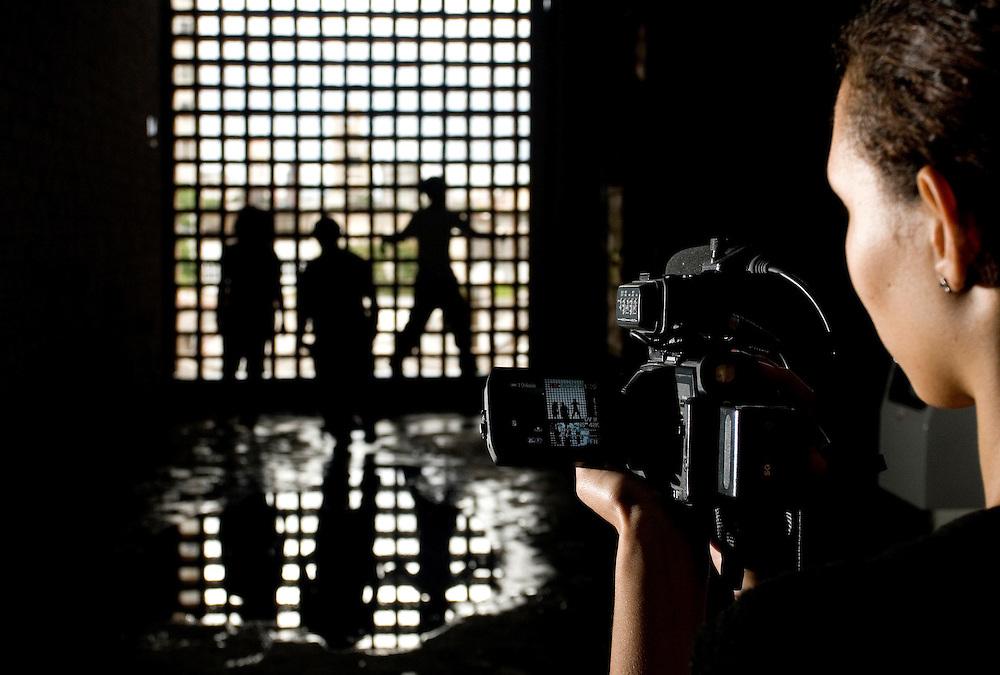 Belo Horizonte_MG, Brasil...Making of da gravacao do videoclip da banda de Rap Dejavuh, realizado com subsidios da AIC (Associacao Imagem Comunitaria). ..The marking of about the clip recording of the band Rap Dejavuh...Foto: BRUNO MAGALHAES / NITRO