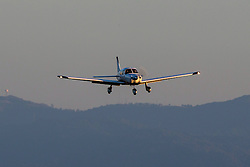 Piper PA-28-181 Cherokee (N651KC) lands at Palo Alto Airport (KPAO), Palo Alto, California, United States of America