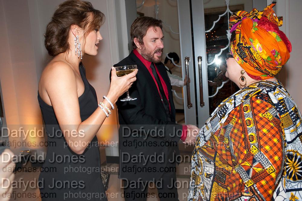 YASMIN LEBON; SIMON LEBON; CAMILLA BATMANGHELIDJH, Harper's Bazaar Women Of the Year Awards 2011. Claridges. Brook St. London. 8 November 2011. <br /> <br />  , -DO NOT ARCHIVE-© Copyright Photograph by Dafydd Jones. 248 Clapham Rd. London SW9 0PZ. Tel 0207 820 0771. www.dafjones.com.