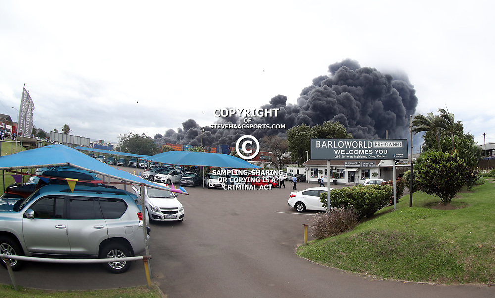 General views during a Massive fire engulfs Durban warehouse 151 South Coast Road in Bayhead Bluff Durban,24 March 2017 (Steve Haag)