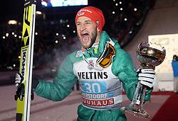 30.12.2018, Schattenbergschanze, Oberstdorf, GER, FIS Weltcup Skisprung, Vierschanzentournee, Oberstdorf, Siegerehrung, im Bild Markus Eisenbichler (GER) // Markus Eisenbichler (GER) during the winner Ceremony for the Four Hills Tournament of FIS Ski Jumping World Cup at the Schattenbergschanze in Oberstdorf, Germany on 2018/12/30. EXPA Pictures © 2018, PhotoCredit: EXPA/ SM<br /> <br /> *****ATTENTION - OUT of GER*****