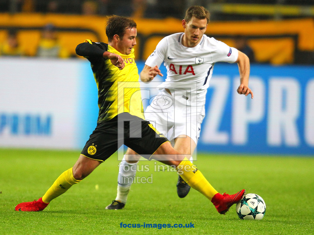 Mario Gotze of Borussia Dortmund and Jan Vertonghen of Tottenham Hotspur during the UEFA Champions League match at Signal Iduna Park, Dortmund<br /> Picture by Yannis Halas/Focus Images Ltd +353 8725 82019<br /> 21/11/2017