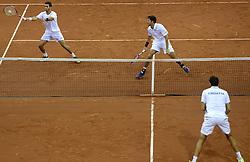 13-09-2014 NED: Davis Cup Nederland - Kroatie, Amsterdam<br /> Nederland verliest de dubbel en staat op de tweede dag met 2-1 achter / Jean-Julien Rojer en Robin Haase
