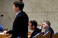 Nederland. Den Haag, 18 februari 2010.<br /> Balkenende, Bos en Rouvoet in vak K.<br /> Spoeddebat in de Tweede Kamer over de ontstane crisissituatie binnen het kabinet over Uruzgan, daags voor de val van het vierde kabinet Balkenende.<br /> Foto Martijn Beekman