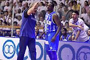 DESCRIZIONE : Reggio Emilia Lega A 2014-15 Grissin Bon Reggio Emilia - Banco di Sardegna Dinamo Sassari playoff Finale gara 5 <br /> GIOCATORE : Romeo Sacchetti Sanders Rakim<br /> CATEGORIA : delusione cambio allenatore<br /> SQUADRA : Banco di Sardegna Sassari<br /> EVENTO : LegaBasket Serie A Beko 2014/2015<br /> GARA : Grissin Bon Reggio Emilia - Banco di Sardegna Dinamo Sassari playoff Finale gara 5<br /> DATA : 22/06/2015 <br /> SPORT : Pallacanestro <br /> AUTORE : Agenzia Ciamillo-Castoria/GiulioCiamillo<br /> Galleria : Lega Basket A 2014-2015 Fotonotizia : Reggio Emilia Lega A 2014-15 Grissin Bon Reggio Emilia - Banco di Sardegna Dinamo Sassari playoff Finale  gara 5<br /> Predefinita :