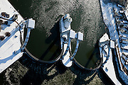 Nederland, Utrecht, Vianen, 31-01-2010; Stuw bij Hagestein. De vizierschuiven zijn neergelaten, de stuw is gesloten in verband met de waterstand in de rivier.Weir at Hagestein. The slidies are lowered, the dam is closed because of the low water rivers low water levels.luchtfoto (toeslag), aerial photo (additional fee required).foto/photo Siebe Swart