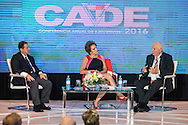 Susana Pinilla,  directora representante de CAF en Panamá, durante su participación en evento CADE 2016 como moderadora del panel, Oportunidades del país, perspectiva global. En el panel participaron el Sr. Guillermo Chapman y el Sr. Rubén Lachman. Ciudad de Panamá. 21-04-2016