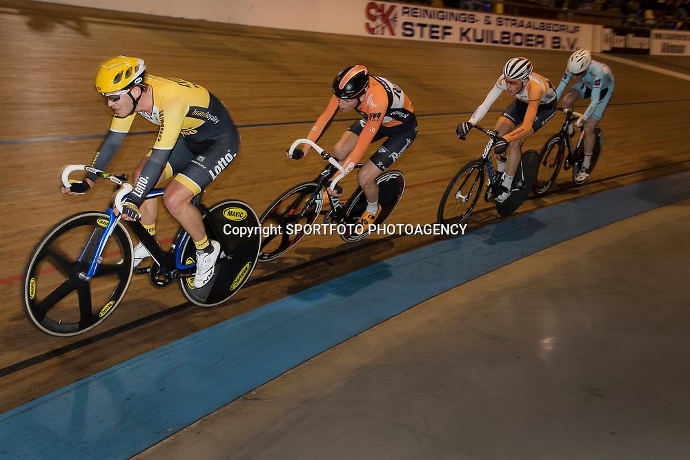 20-12-2015: Wielrennen: NK Baan: Alkmaar<br />ALKMAAR (NED) baanwielrennen  <br />Barry Markus, Jesper Asselman, MArtijn Tusveld