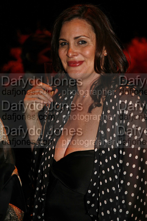 Janine di Giovanni, Ark Gala Dinner, Marlborough House, London. 5 May 2006. ONE TIME USE ONLY - DO NOT ARCHIVE  © Copyright Photograph by Dafydd Jones 66 Stockwell Park Rd. London SW9 0DA Tel 020 7733 0108 www.dafjones.com