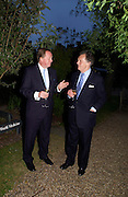 Andrew Parker-Bowles and Lord Hindlip. Cartier dinner after thecharity preview of the Chelsea Flower show. Chelsea Physic Garden. 23 May 2005. ONE TIME USE ONLY - DO NOT ARCHIVE  © Copyright Photograph by Dafydd Jones 66 Stockwell Park Rd. London SW9 0DA Tel 020 7733 0108 www.dafjones.com