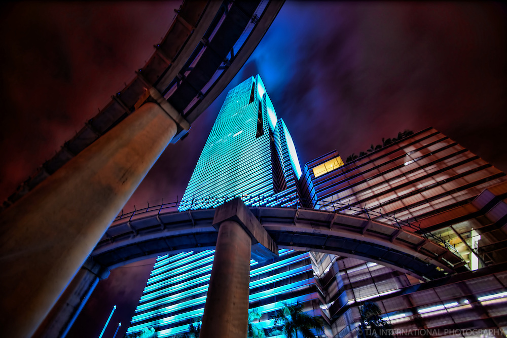Miami Tower & Metromover Rails (Sky Blue)