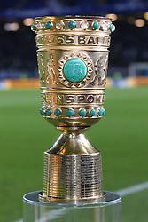 12.02.2014, Imtech Arena, Hamburg, GER, DFB Pokal, Hamburger SV vs FC Bayern Muenchen, Viertel Finale, im Bild DFB-Pokal, Pokal // during the German DFP Pokal Quaterfinal match between Hamburger SV and Fc Bayern Munich at the Imtech Arena in Hamburg, Germany on 2014/02/12. EXPA Pictures © 2014, PhotoCredit: EXPA/ Eibner-Pressefoto/ Kolbert<br /> <br /> *****ATTENTION - OUT of GER*****