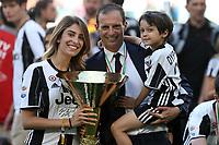 21.05.2017 - Torino Juventus Stadium -  Festa e premiazione scudetto 2016-17  nella  foto: Massimiliano Allegri con la coppa