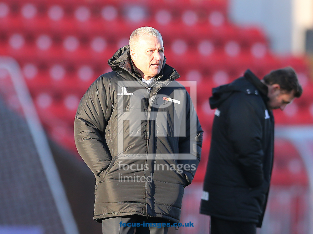 Gateshead FC manager Gary Mills during the The FA Cup match at Gateshead International Stadium, Gateshead<br /> Picture by Simon Moore/Focus Images Ltd 07807 671782<br /> 07/12/2014