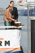 Koningin M&aacute;xima heeft in IJmuiden de Nh1816, een nieuw type reddingboot van de Koninklijke Nederlandse Redding Maatschappij (KNRM) gedoopt.<br /> <br /> Queen M&aacute;xima has inaugurated in IJmuiden Nh1816, a new type of lifeboat of the Royal Dutch Rescue Organisation (KNRM).<br /> <br /> Op de foto / On the photo:  Koningin Maxima en Roemer Boogaard (R), directeur van de KNRM dopen de boot , de eerste keer gaat het mis.<br /> <br /> Queen Maxima and Roemer Boogaard (R), director of the KNRM inaugurate the boat, the first time it goes wrong.