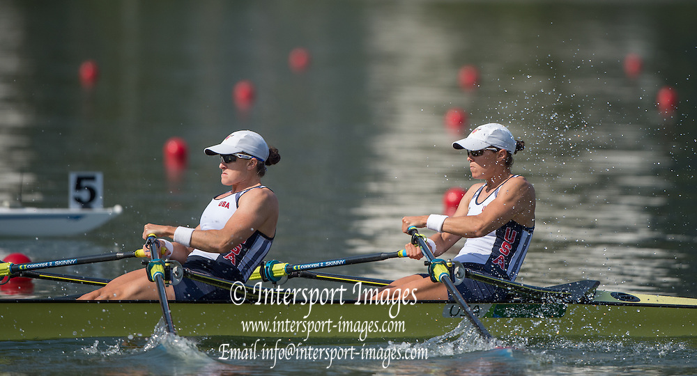 Rio de Janeiro. BRAZIL   USA W2X. Bow. Meghan O'LEARY and Ellen TOMEK, 2016 Olympic Rowing Regatta. Lagoa Stadium,<br /> Copacabana,  &ldquo;Olympic Summer Games&rdquo;<br /> Rodrigo de Freitas Lagoon, Lagoa. Local Time 10:11:05  Tuesday  09/08/2016<br /> [Mandatory Credit; Peter SPURRIER/Intersport Images]