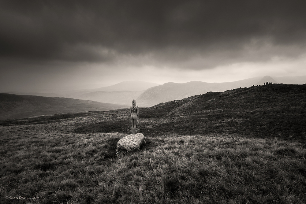 The weather was dreary with mist in the valleys and low cloud cladding the summits, so the light levels were low. <br />