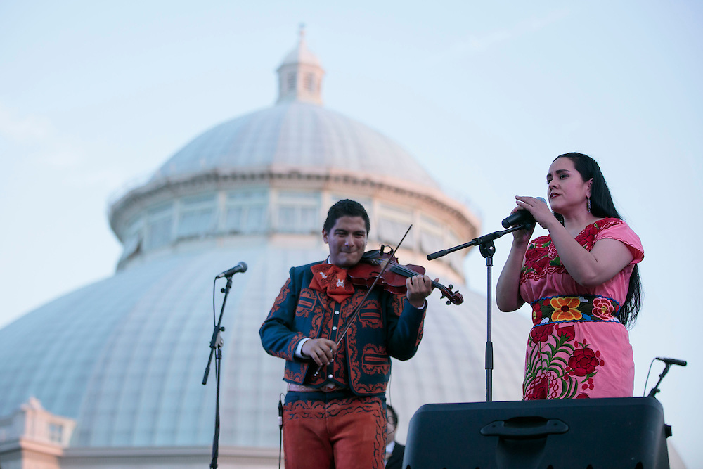 NYBG Concert Canciones de mi Padre with Ernesto Villalobos and Gizel Xanath on June 18, 2016 (Photo by Ben Hider)