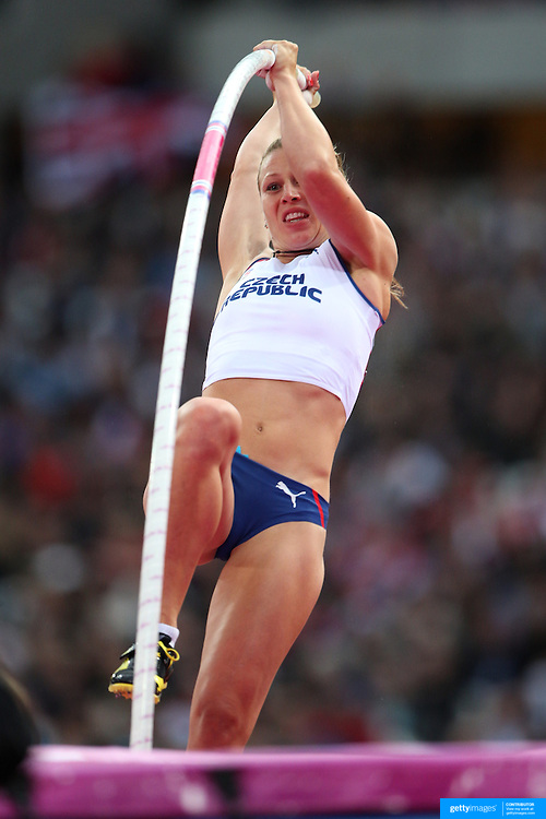 Jirina Ptacnikova, Czech Republic, in action during the Women's Pole Vault Final at the Olympic Stadium, Olympic Park, during the London 2012 Olympic games. London, UK. 4th August 2012. Photo Tim Clayton
