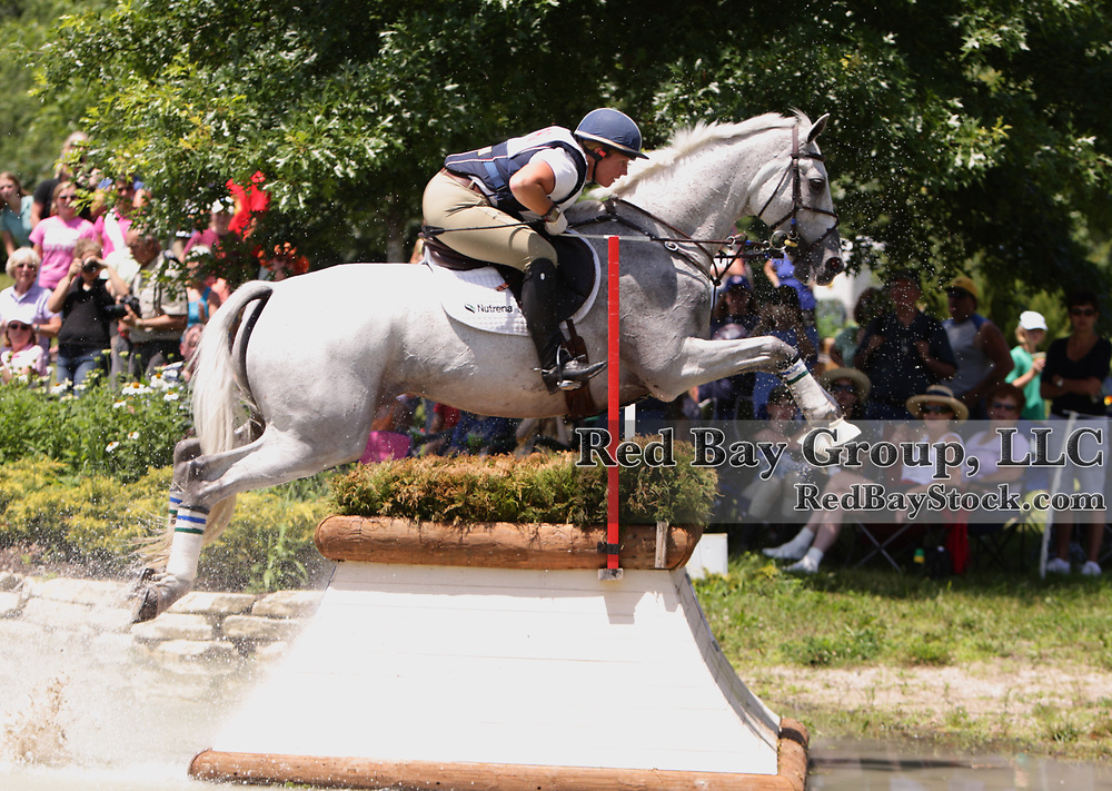 Becky Holder and Courageous Comet at the 2009 Maui Jim Horse Trials in Wayne, Illinois.