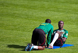 21.05.2010, Dolomitenstadion, Lienz, AUT, WM Vorbereitung, Kamerun Training im Bild Achille Webo, Angriff, Nationalteam Kamerun (RCD Mallorca), EXPA Pictures © 2010, PhotoCredit: EXPA/ J. Feichter / SPORTIDA PHOTO AGENCY