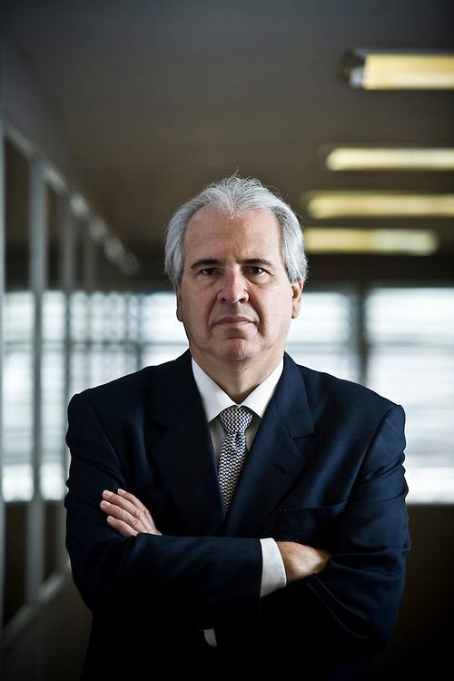 Belo Horizonte_MG, Brasil...Retrato de Rubens Menin, presidente da MRV Engenharia...Rubens Menin portrait, He is the president of MRV engineering...Foto: JOAO MARCOS ROSA / NITRO